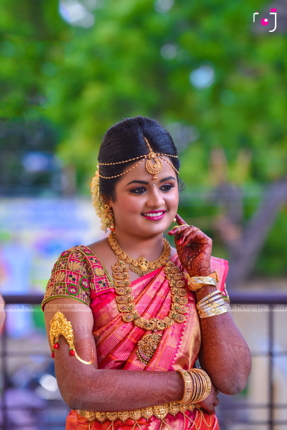 Candid Photographers In Madurai, Creative Wedding Photographers In Madurai, Professional Wedding Photographers In Madurai, Best Photographers In Madurai